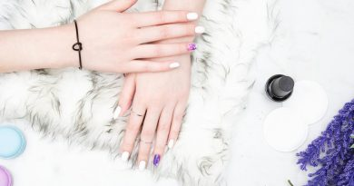 fashion nails 925x 390x205 - How Femаle Beаuty Is Enhаnced Through Fаshіon
