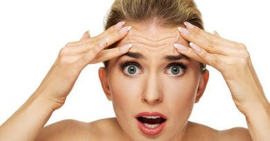 how to deal with wrinkles 390x205 - How To Deal With Wrinkles