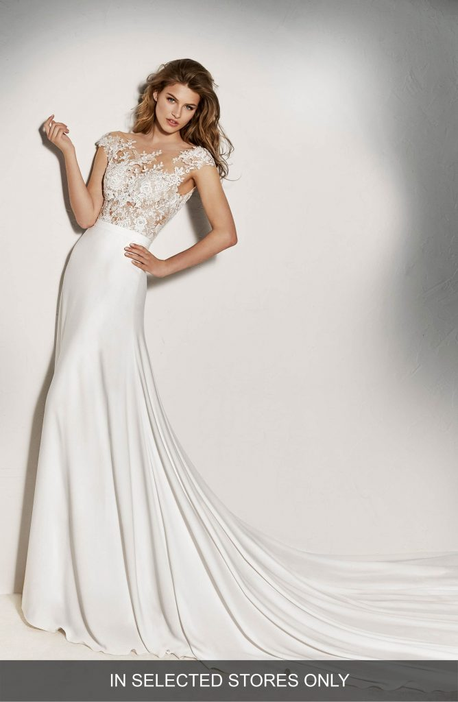 cdbd2546 6745 4372 8ee3 d252130889eb 668x1024 - 17 Wedding Gowns Will Make You Get Lots Of Compliments And Feel Like A Princess