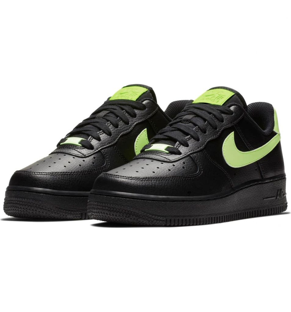 919f0e78 9a9b 4aa0 ab8e ce597d5e4309 953x1024 - 15 Best Nike Sneakers for Woman 2019