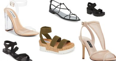 9 Sandals Every Woman Needs In Her Wardrobe 390x205 - 9 Sandals Every Woman Needs In Her Wardrobe