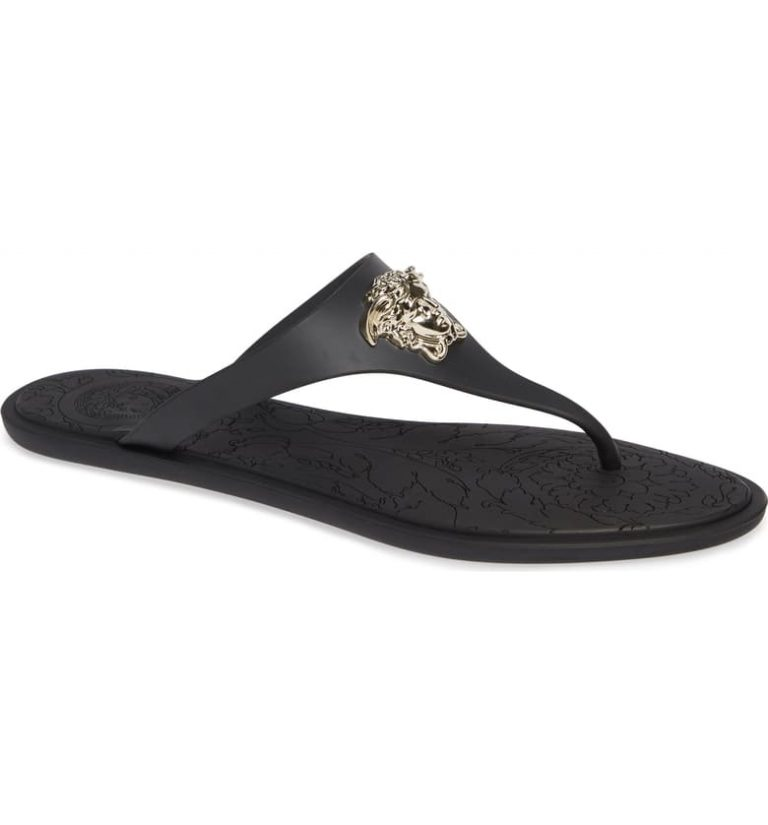 31e68b53 fabe 48b6 94dd 14a4f7dc5a4e 768x825 - The 11 Most Popular Women's Flip-Flop Sandals in 2020