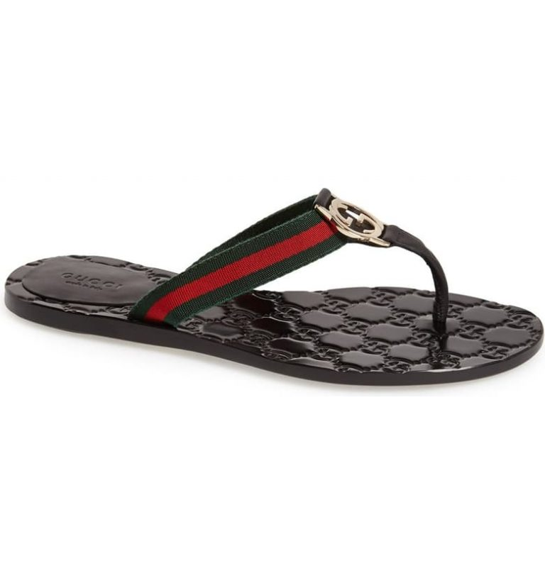b10fa2f1 3a5b 4552 91ff b4779769c258 768x825 - The 11 Most Popular Women's Flip-Flop Sandals in 2020