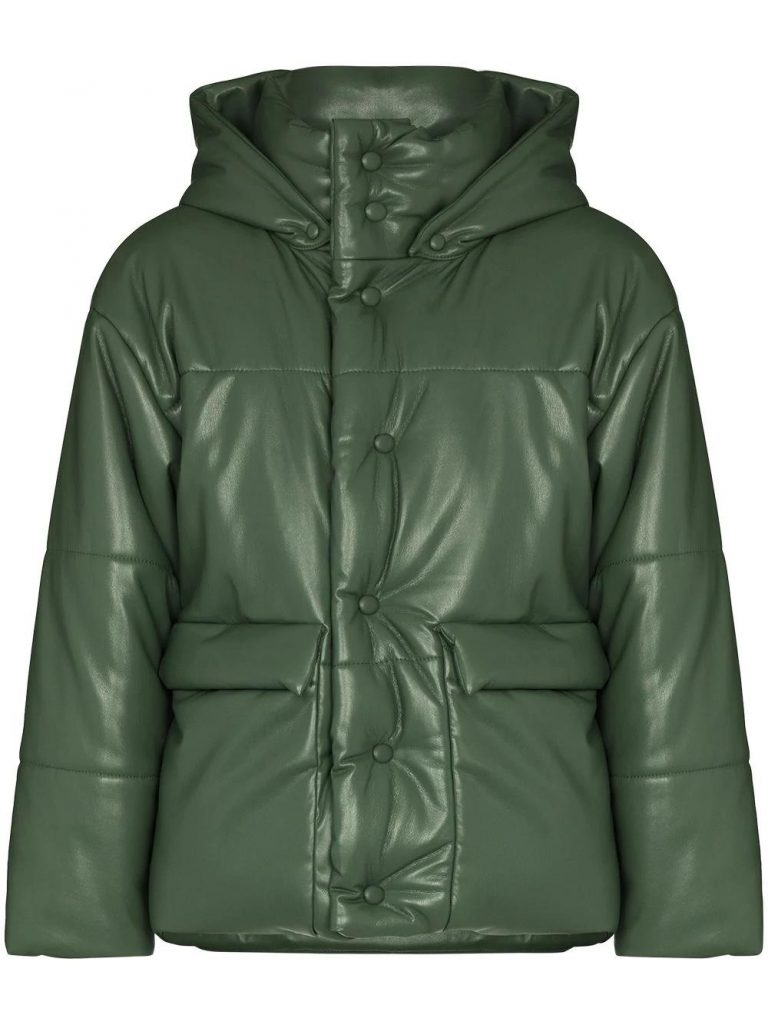 15294161 29866606 10001 768x1025 - 12 Hoodies&Jackets Lights Your Style In Winter