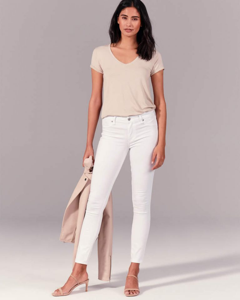 KIC 155 2066 0617 175 model1 768x960 - 9 Jeans And Shorts To Stretch Your Comfort
