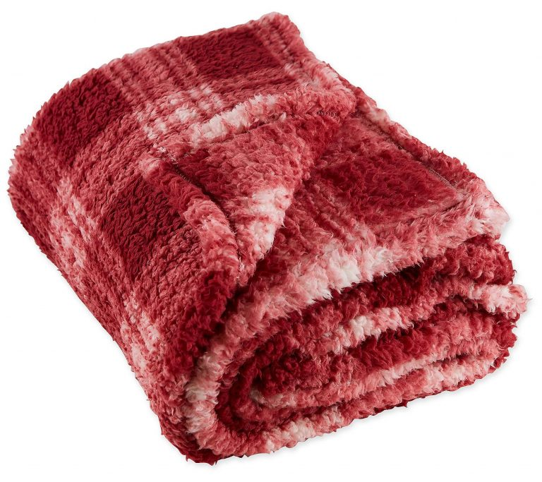 h3929261 768x683 - 8 Value Discounted Blankets And Throws This Season