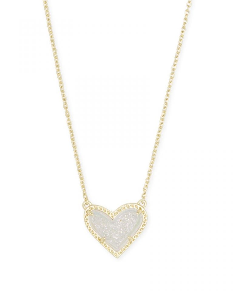 kendra scott ari heart short pendant necklace gold iridescent drusy 00 lg 768x960 - Necklaces Which Make Her Swoon Without A Hole In Your Pocket