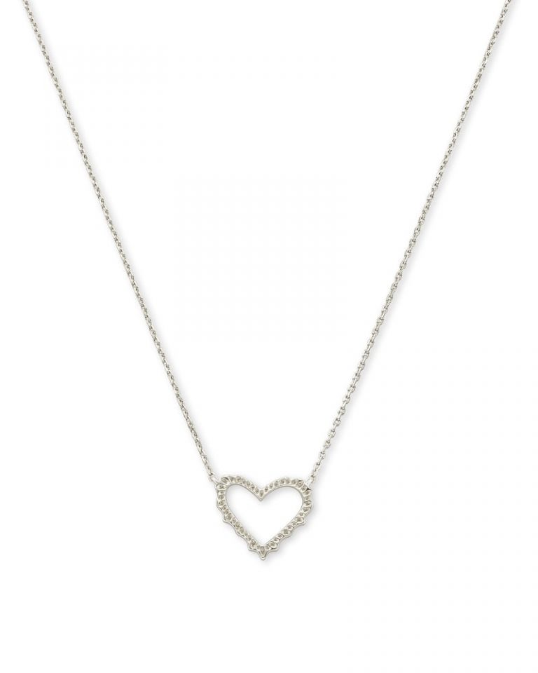 kendra scott sophee heart necklace rhodium 00 lg 768x960 - Necklaces Which Make Her Swoon Without A Hole In Your Pocket