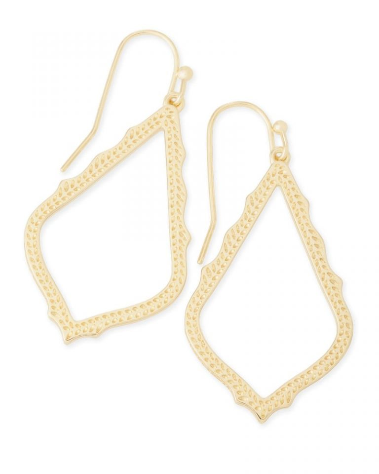 sophia C710 lg 00 768x960 - 8 Vintage Gold Jewelry Your Beloved Will Love