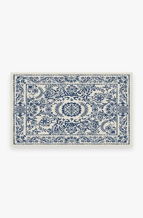 delphina delft blue A RC MT011 35 8fffd40c 19c8 4776 8f1b d08cea7ce79d 720x720 - 10 Rugs for Small Areas You Simply Cannot Live without