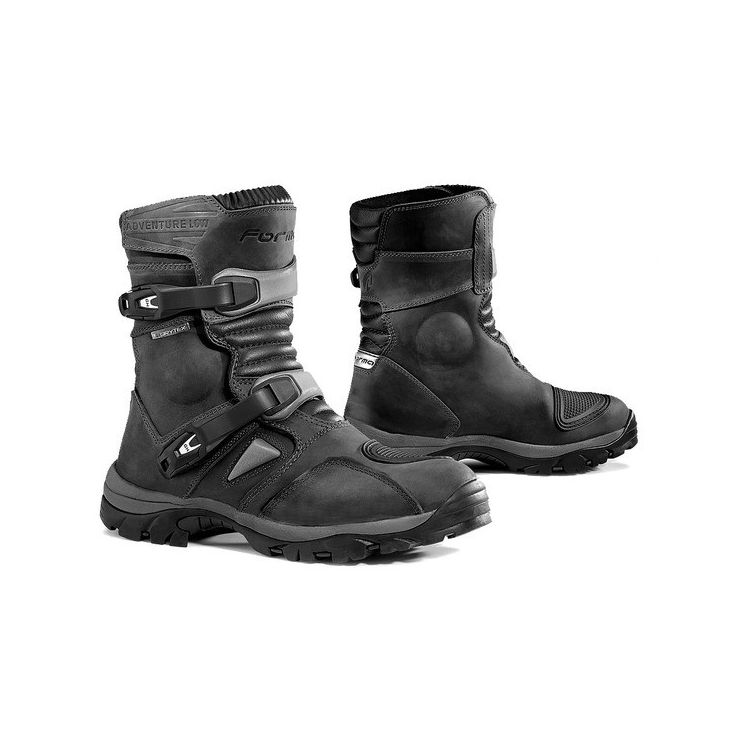forma adventure low boots black 750x750 - 11 Stylish And Protective Riding Wear