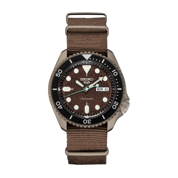 sGT51ykKM2 seiko 5 sports 0 original - 8 Gloves And Watch That Complements Men's Fashion