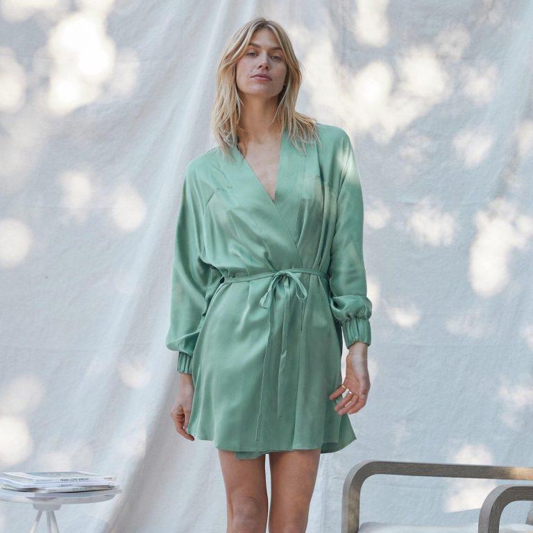 Lunya NewProduct Feb21 33 min min 2048x2048 768x768 - 7 Beautiful And Versatile Women's Robe